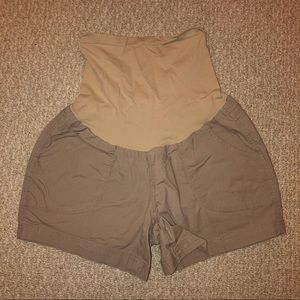 Maternity shorts with full belly band size small